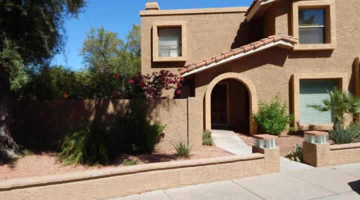 1,000 SF Townhouse In Phoenix, Arizona