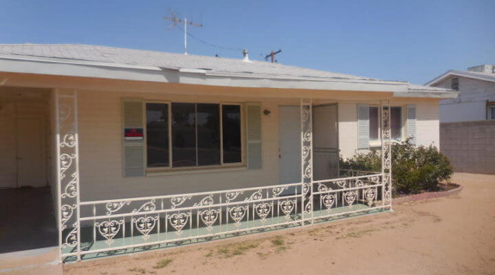 800 SF Home in Youngtown, Arizona