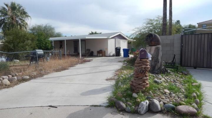 900 SF Mobile Home In Mesa, Arizona