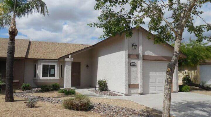 1056 SF Home in Phoenix Arizona