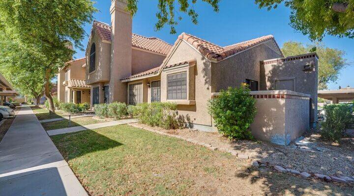 1203 SF Townhome in Chandler Arizona