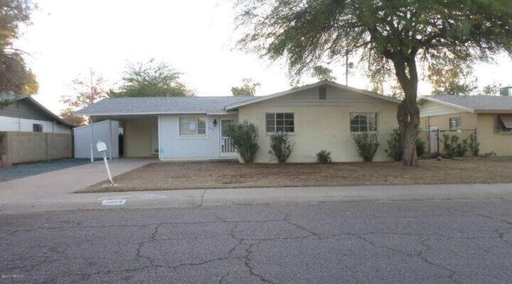 1588 SF Home in Phoenix Arizona