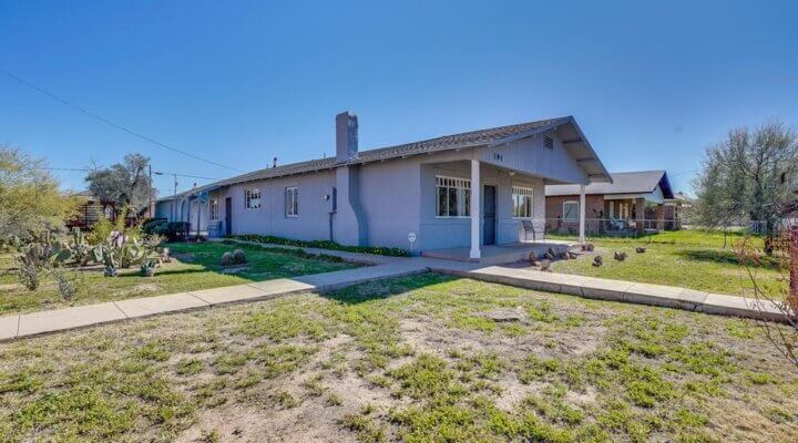 1733 SF Home in Florence Arizona