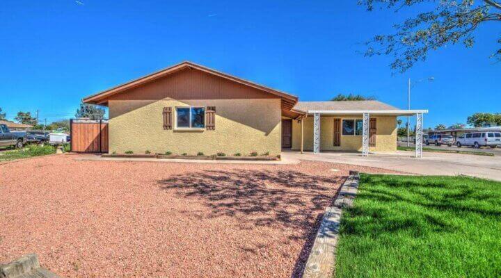 2044 SF Home in Phoenix Arizona