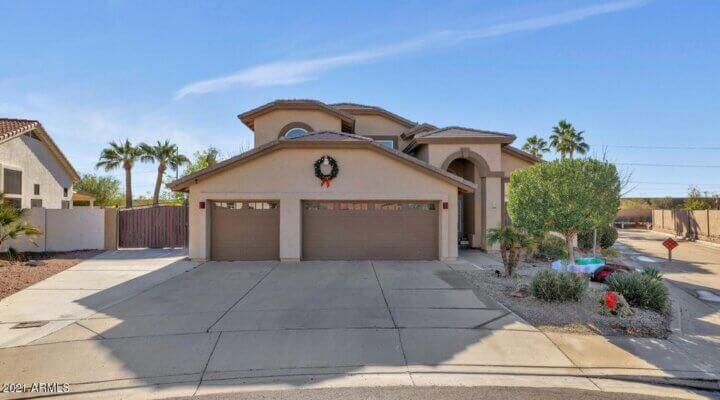 2469 SF Home in Phoenix Arizona