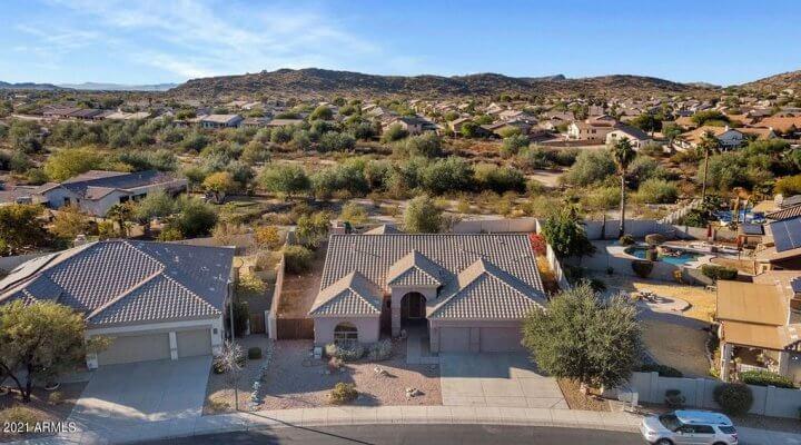 2,346 SF Home in Goodyear, Arizona