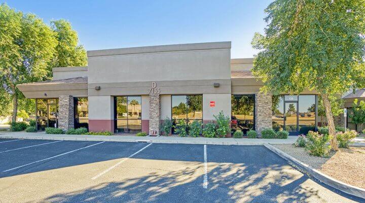7,984 SF Office Building in Glendale, Arizona