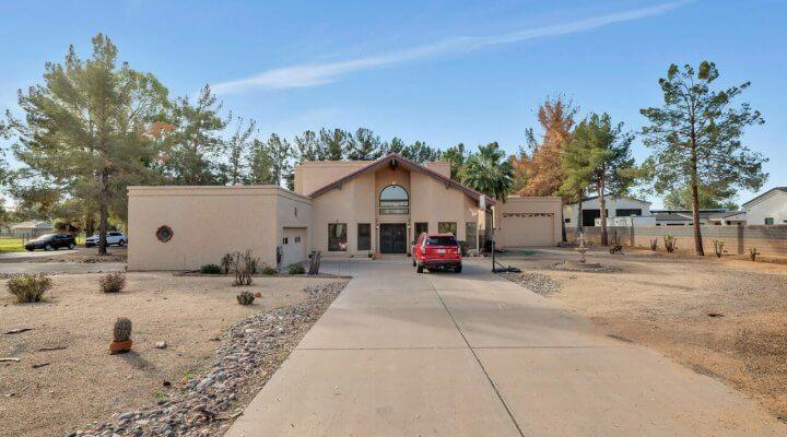 2718 Sf Home in Chandler Arizona