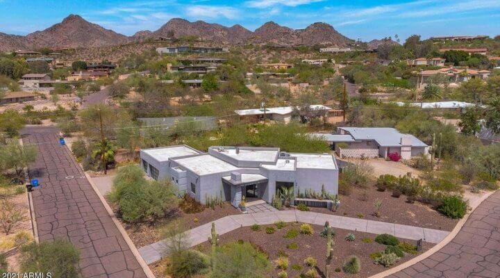3121 SF Home in Phoenix Arizona
