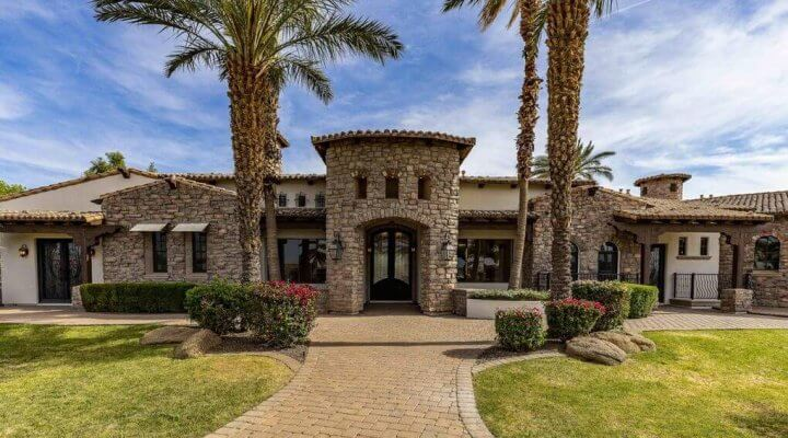 10438 SF Home in Gilbert Arizona