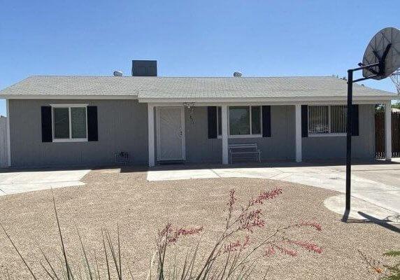 1080 SF Home in Phoenix Arizona