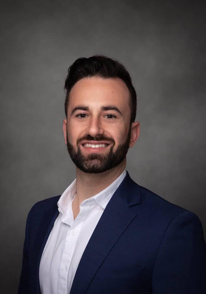 Aaron Shapiro Commercial Associate ROI Properties