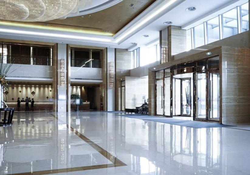 Empty-hotel-lobby_HR