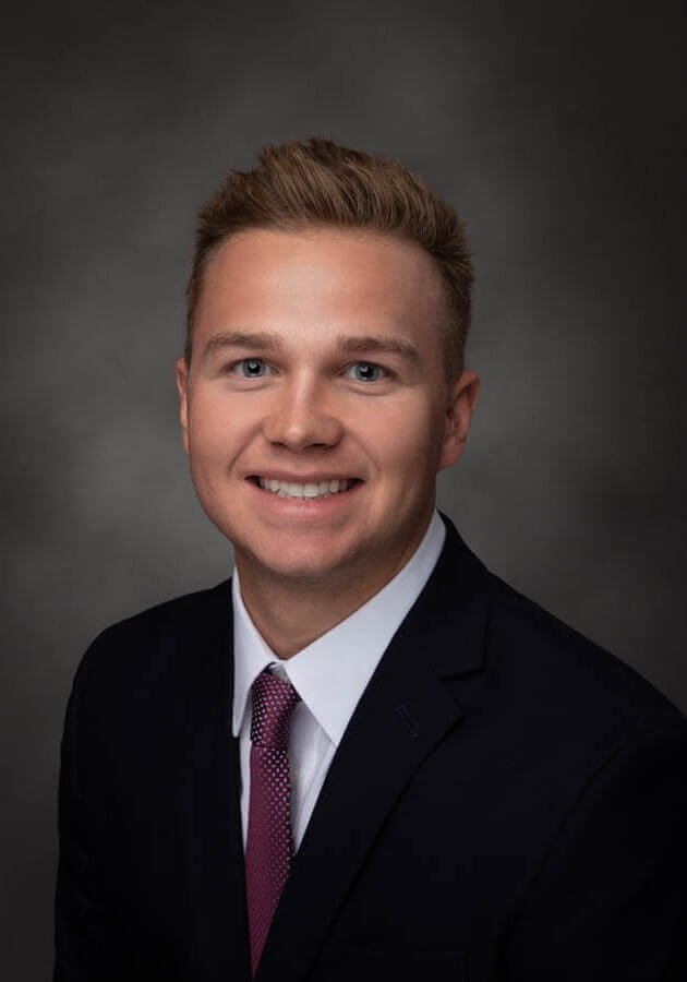Zach Coty a Commercial Associate at ROI Properties